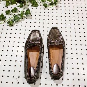 Clark's Metallic Grey Snake Print Loafers 7.5